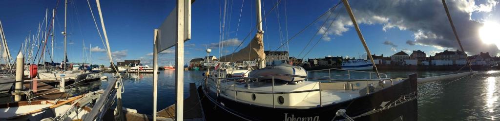 Lymington boats low res